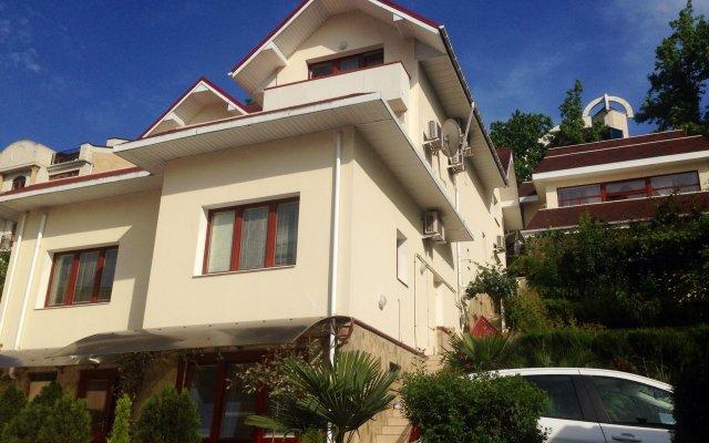 Гостиница Вилла Бельведер в Сочи отзывы, цены и фото номеров - забронировать гостиницу Вилла Бельведер онлайн вид на фасад
