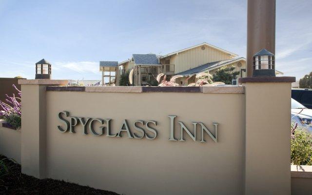 Отель Spyglass Inn вид на фасад