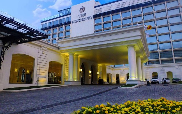 Отель The Kingsbury Шри-Ланка, Коломбо - 3 отзыва об отеле, цены и фото номеров - забронировать отель The Kingsbury онлайн вид на фасад