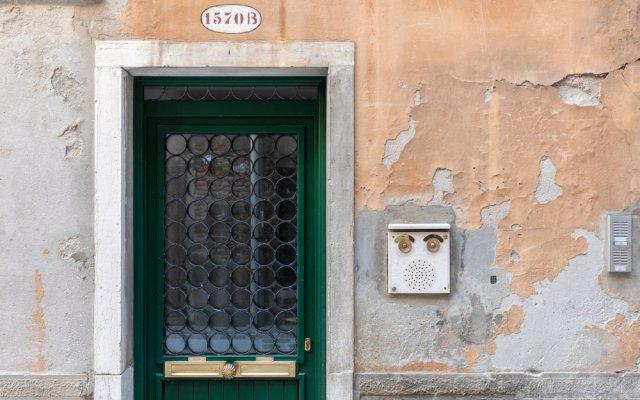 Апартаменты Venice Heaven Apartments San Marco вид на фасад
