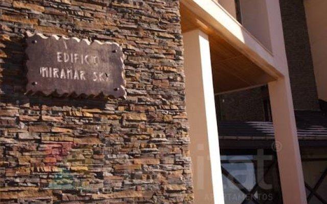 Отель Miramar Ski вид на фасад