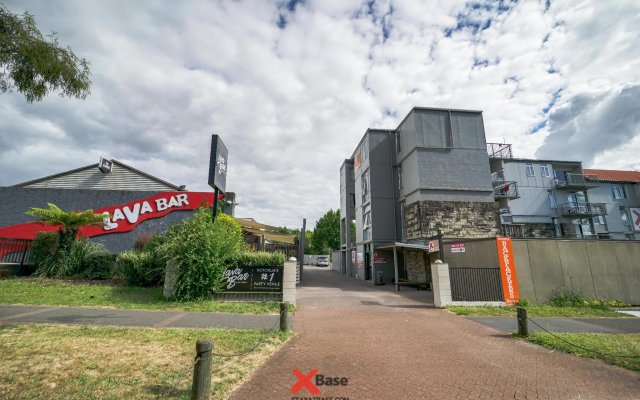 Base Rotorua - Hostel