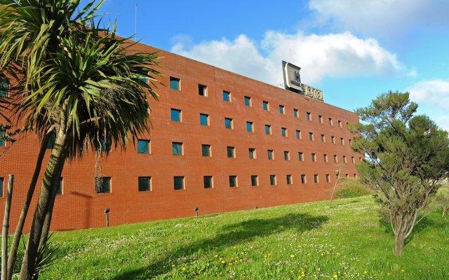 Отель Cityexpress Santander Parayas Испания, Сантандер - отзывы, цены и фото номеров - забронировать отель Cityexpress Santander Parayas онлайн вид на фасад