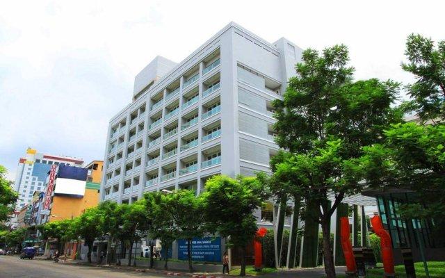 Отель Gm Suites Бангкок вид на фасад
