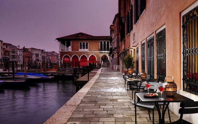 Отель LOrologio Италия, Венеция - отзывы, цены и фото номеров - забронировать отель LOrologio онлайн вид на фасад