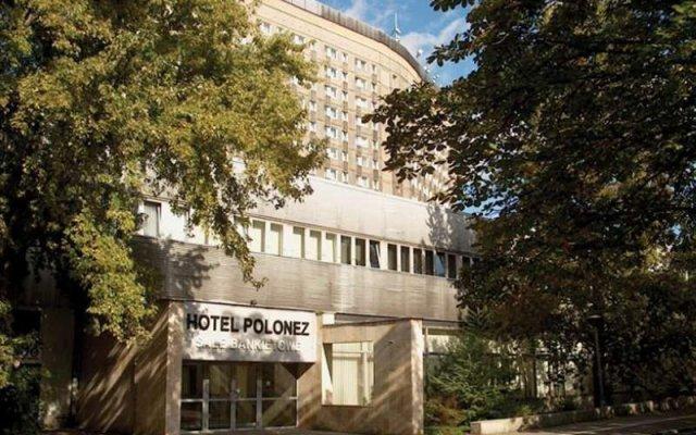 Orbis Polonez Hotel вид на фасад