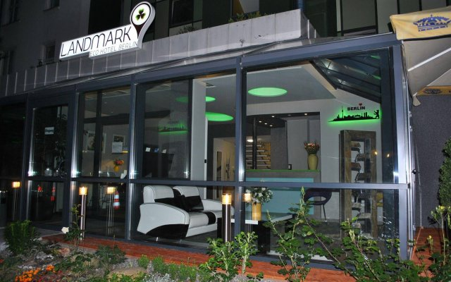 Отель Landmark Eco Hotel (ex Five Floors) Германия, Берлин - отзывы, цены и фото номеров - забронировать отель Landmark Eco Hotel (ex Five Floors) онлайн вид на фасад