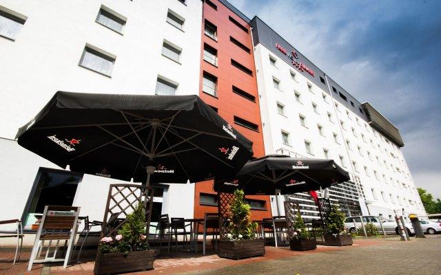 Park Hotel Diament Katowice вид на фасад