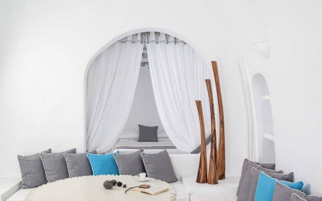 Отель Mill Houses Elegant Suites Греция, Остров Санторини - отзывы, цены и фото номеров - забронировать отель Mill Houses Elegant Suites онлайн комната для гостей