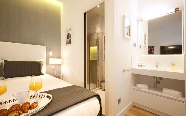Отель Opera Suite - Madflats Collection комната для гостей
