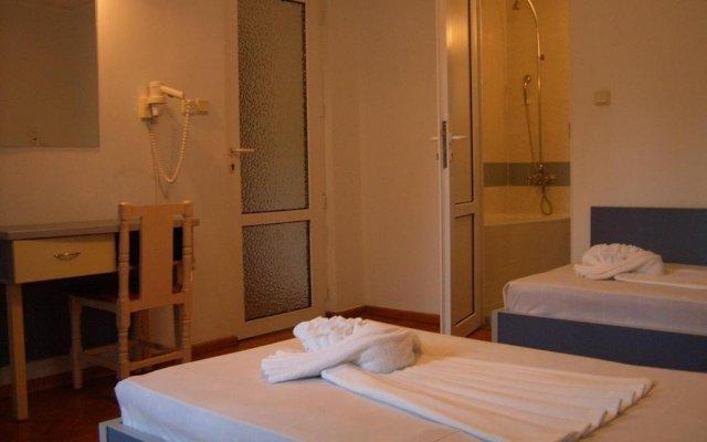 ADIS Holiday Inn Hotel комната для гостей