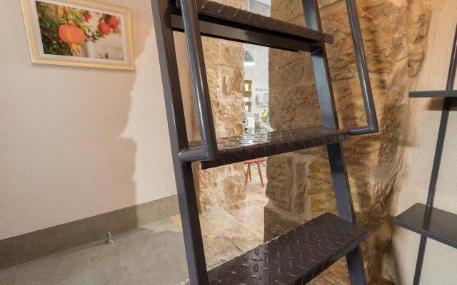 Best Location Jerusalem Stone Apartment Израиль, Иерусалим - отзывы, цены и фото номеров - забронировать отель Best Location Jerusalem Stone Apartment онлайн интерьер отеля