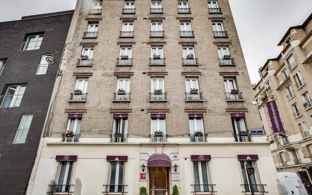 Отель Hôtel de Bellevue Paris Gare du Nord вид на фасад