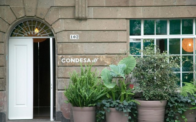 Отель Condesa Df вид на фасад