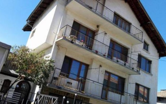 Отель Tsvetkovi Guest House Болгария, Банско - отзывы, цены и фото номеров - забронировать отель Tsvetkovi Guest House онлайн вид на фасад