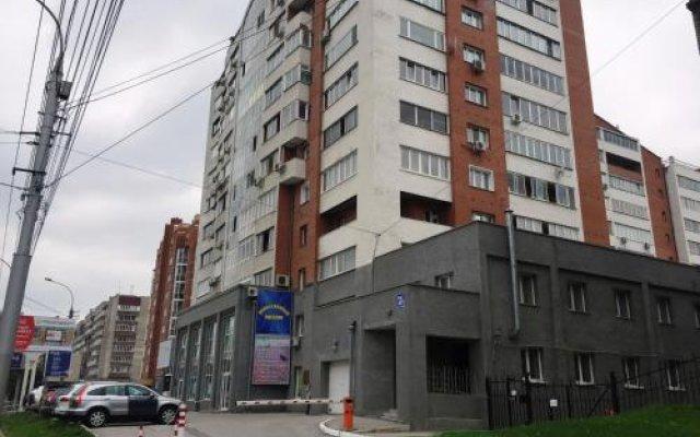 Гостиница Гест Хаус Хостел в Новосибирске отзывы, цены и фото номеров - забронировать гостиницу Гест Хаус Хостел онлайн Новосибирск вид на фасад