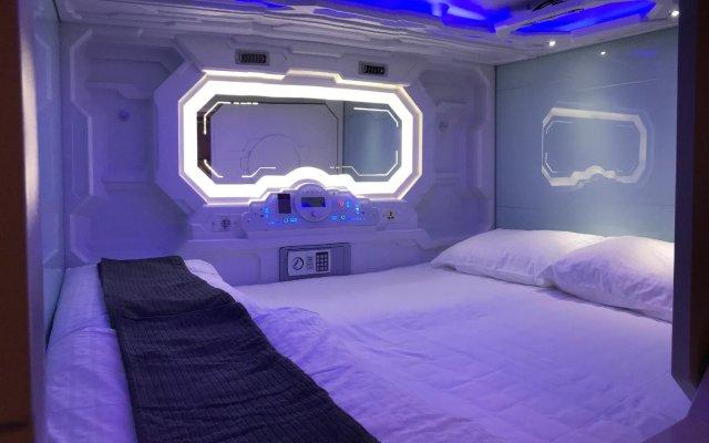 Отель Atlantis Pods at Chinatown Сингапур удобства в номере