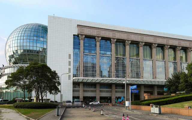 Oriental Riverside Hotel - Shanghai Int'l Convention Center