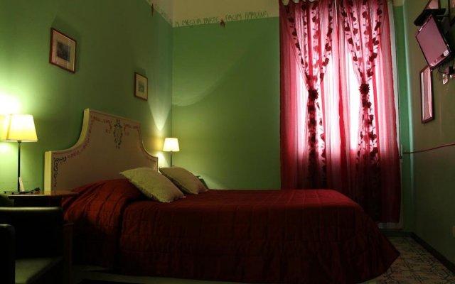 Отель Locanda Il Mascherino Италия, Фраскати - отзывы, цены и фото номеров - забронировать отель Locanda Il Mascherino онлайн комната для гостей
