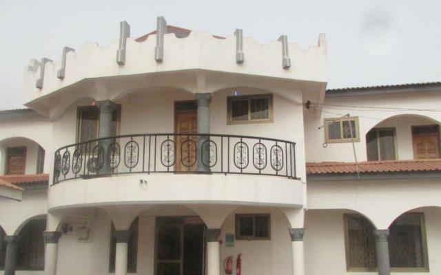 Отель Malbert Inn Guest House вид на фасад