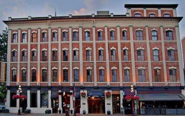 Отель Dalton Hotel And Suites Канада, Виктория - отзывы, цены и фото номеров - забронировать отель Dalton Hotel And Suites онлайн вид на фасад