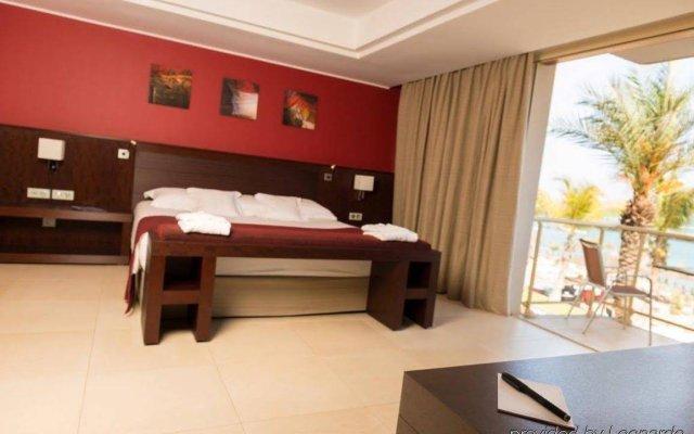 Отель Terrou Bi And Casino Resort Дакар комната для гостей