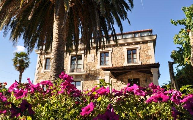 Отель Pazo de Galegos вид на фасад