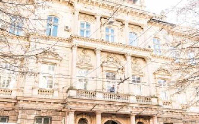 Гостиница Mini Hotel Freedom Mercurius Украина, Львов - отзывы, цены и фото номеров - забронировать гостиницу Mini Hotel Freedom Mercurius онлайн вид на фасад