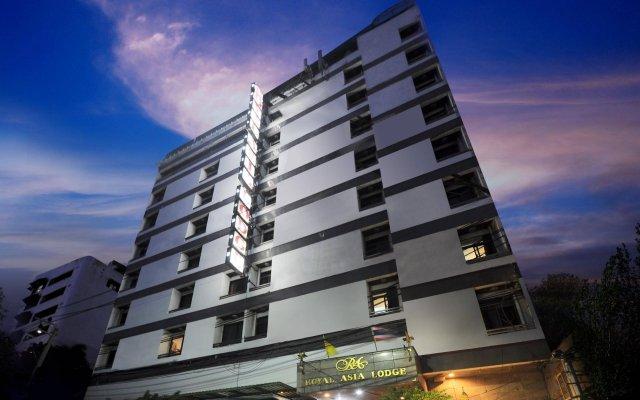 Royal Asia Lodge Hotel Bangkok вид на фасад