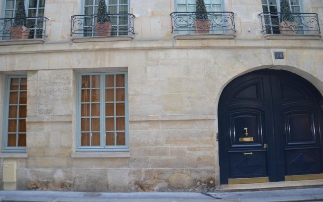 Отель La Maison d'Anne вид на фасад