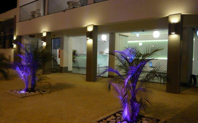 Отель KR Hotels - Albufeira Lounge вид на фасад