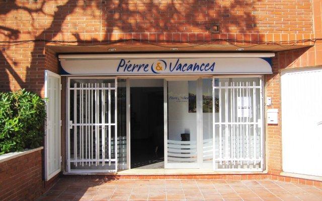 Отель Pierre & Vacances Comarruga вид на фасад
