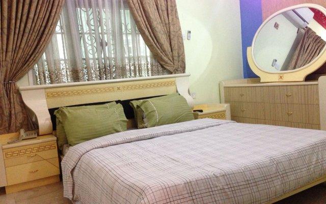 Solitude Hotel Yaba Лагос комната для гостей