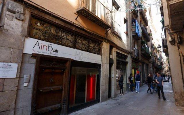 Отель AinB Picasso Corders Apartments Испания, Барселона - отзывы, цены и фото номеров - забронировать отель AinB Picasso Corders Apartments онлайн вид на фасад