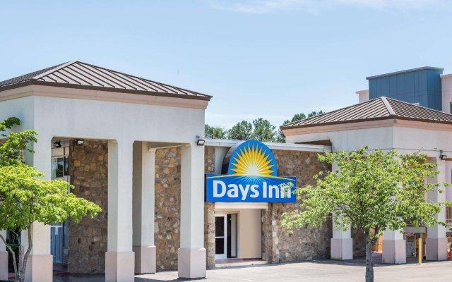 Отель Days Inn by Wyndham Charlottesville/University Area США, Шарлотсвилл - отзывы, цены и фото номеров - забронировать отель Days Inn by Wyndham Charlottesville/University Area онлайн вид на фасад