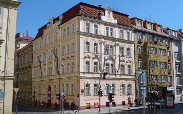 Hotel William вид на фасад