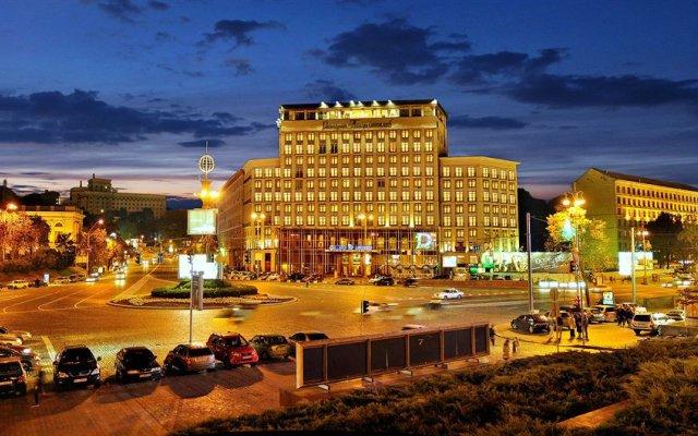 Hotel Dnipro вид на фасад
