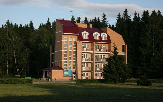Гостиница Виктория (Московская обл.) вид на фасад