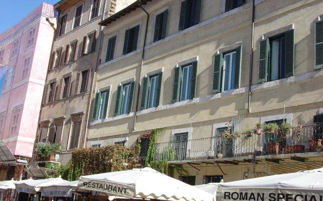Отель Relais Navona71 вид на фасад