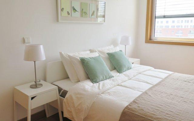 Отель Charming apartament - 2bedrooms & Garage Португалия, Лиссабон - отзывы, цены и фото номеров - забронировать отель Charming apartament - 2bedrooms & Garage онлайн комната для гостей