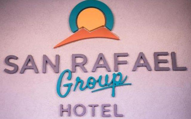Отель San Rafael Group Hotel Аргентина, Сан-Рафаэль - отзывы, цены и фото номеров - забронировать отель San Rafael Group Hotel онлайн вид на фасад