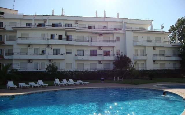 Отель Mantamar I бассейн