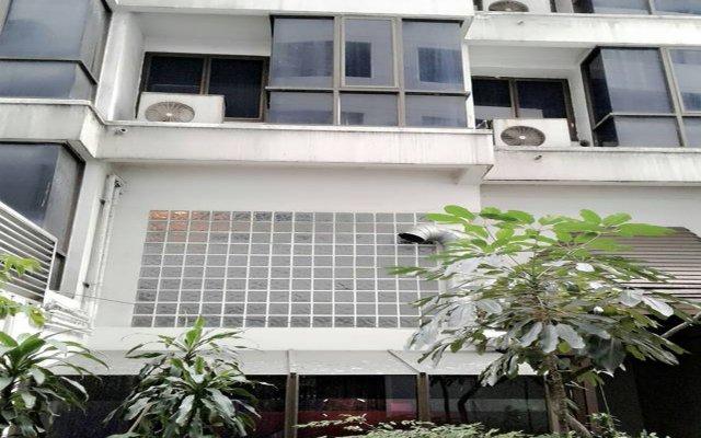 Отель The Atrium Executive Residences Бангкок вид на фасад