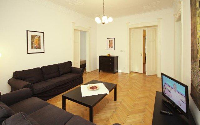 Апартаменты Prague Central Exclusive Apartments Прага комната для гостей