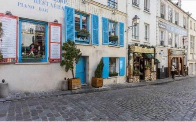 Апартаменты Studio Montmartre Париж вид на фасад