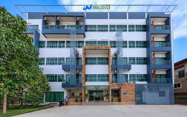Отель JJ Residence Phuket Town Таиланд, Пхукет - отзывы, цены и фото номеров - забронировать отель JJ Residence Phuket Town онлайн вид на фасад