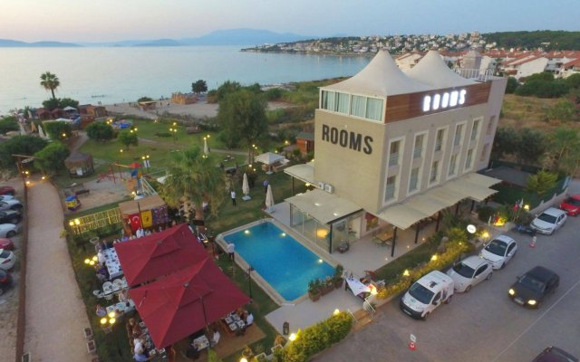 Rooms Smart Luxury Hotel & Beach Чешме вид на фасад