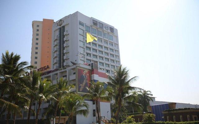 Kosa Hotel & Shopping Mall вид на фасад