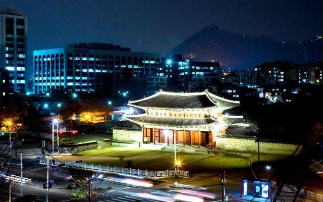 Отель AMASS Hotel Insadong Seoul Южная Корея, Сеул - отзывы, цены и фото номеров - забронировать отель AMASS Hotel Insadong Seoul онлайн вид на фасад