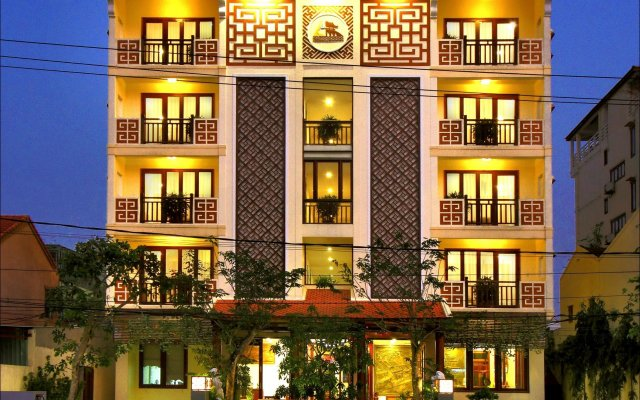 Kiman Hotel вид на фасад